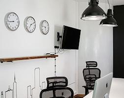 BIURO LIVECHAT_01 - Biuro, styl industrialny - zdjęcie od DWORNICKA STUDIO - Homebook