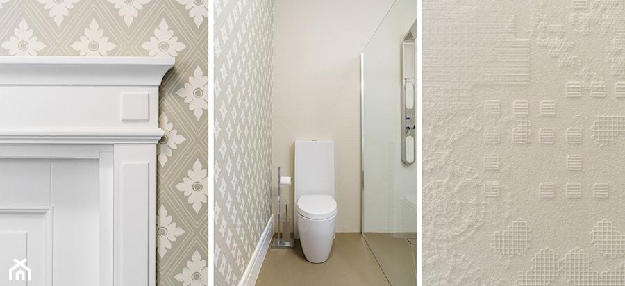 DOM W OKOLICACH GDAŃSKA - Mała beżowa łazienka na poddaszu w bloku w domu jednorodzinnym bez okna - zdjęcie od FABRYKA WNETRZ