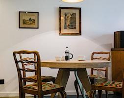Mieszkanie na Sielcach - Mała zamknięta biała jadalnia jako osobne pomieszczenie - zdjęcie od Mili Młodzi Ludzie