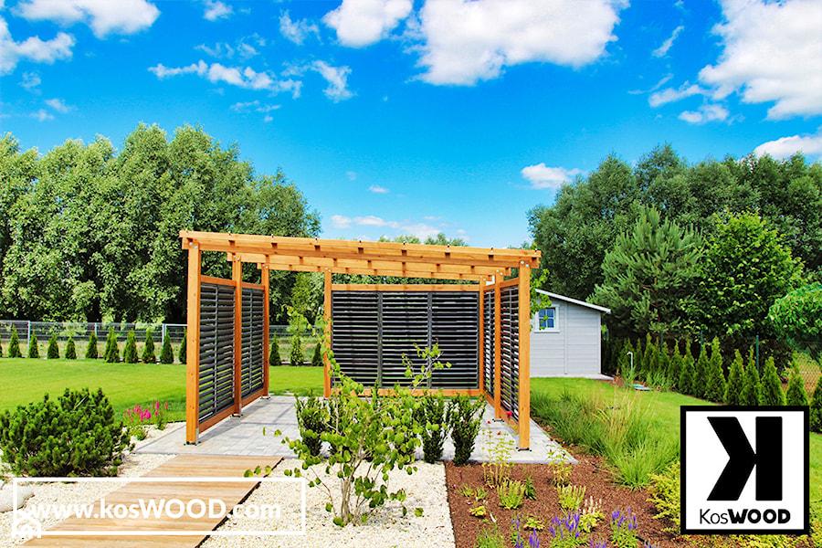 Zadaszenie ogrodowe, taras, altana z żaluzjami. - zdjęcie od koswood