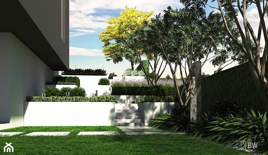 Aranżacje wnętrz - Ogród: Ogród na dwóch poziomach - Średni ogród za domem, styl minimalistyczny - ogrody. Przeglądaj, dodawaj i zapisuj najlepsze zdjęcia, pomysły i inspiracje designerskie. W bazie mamy już prawie milion fotografii!