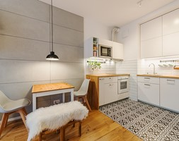 Apartament w Wilanowie - Mała otwarta biała kuchnia w kształcie litery l w aneksie, styl skandynaws ... - zdjęcie od Fotownętrza - Homebook