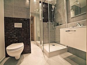 łazienki - Średnia biała łazienka w bloku w domu jednorodzinnym bez okna, styl nowoczesny - zdjęcie od Grant Studio