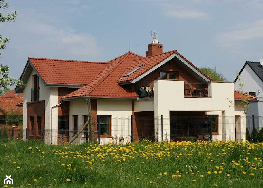 Dom Jednorodzinny DGB - Domy, styl tradycyjny - zdjęcie od Piotr Nasiadek
