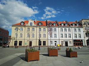 Stary Rynek 15-21 Bydgoszcz. Remont dachu kamienicy.