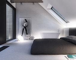 RAD_WAW - Średnia biała szara sypialnia małżeńska na poddaszu z łazienką, styl minimalistyczny - zdjęcie od Cutout Architects
