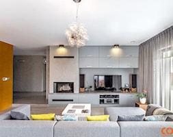 Dom w szarościach - zdjęcie od COCO Pracownia projektowania wnętrz
