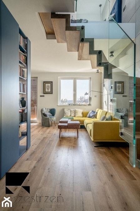 LOFTOVE LOVE - Duży biały salon, styl industrialny - zdjęcie od Przestrzen Pracownia architektury wnetrz Krystyna Sabada
