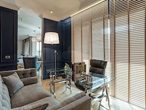 Mieszkanie w Trójmieście - Średnie niebieskie biuro domowe kącik do pracy w pokoju, styl nowojorski - zdjęcie od BBHome