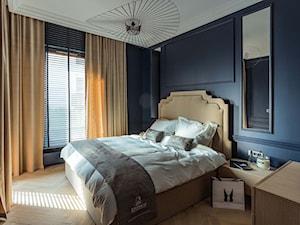 Mieszkanie w Trójmieście - Średnia kolorowa sypialnia dla gości, styl nowojorski - zdjęcie od bbhome.pl