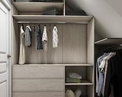 Sztum - projekt domu jednorodzinnego w stylu klasycznym - Średnia zamknięta garderoba na poddaszu oddzielne pomieszczenie, styl eklektyczny - zdjęcie od ABD Projects