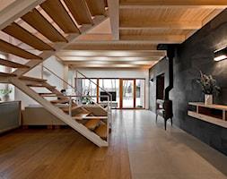 Nobifloor - Duży szary biały salon z tarasem / balkonem - zdjęcie od Dekorian Home - Salony z wyposażeniem wnętrz