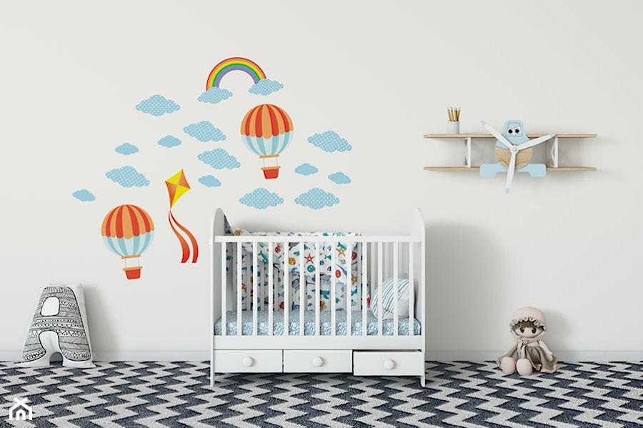 Aranżacje wnętrz - Pokój dziecka: Naklejki do pokoju dziecięcego - Jazami. Przeglądaj, dodawaj i zapisuj najlepsze zdjęcia, pomysły i inspiracje designerskie. W bazie mamy już prawie milion fotografii!