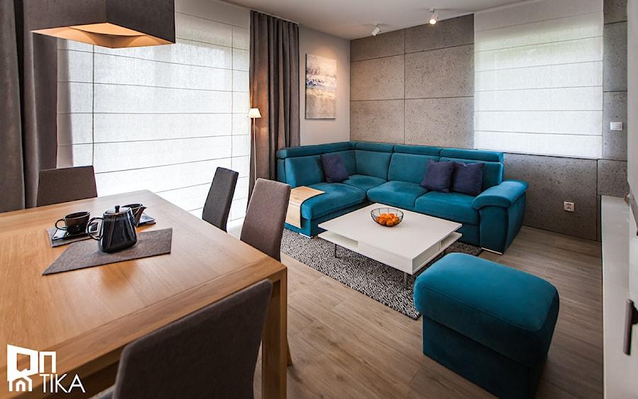 PROJEKT BESTWINA - Średni biały salon z jadalnią, styl nowoczesny - zdjęcie od TIKA DESIGN
