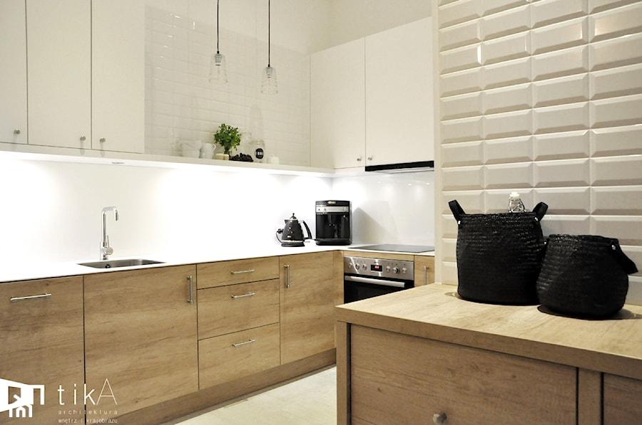 Projekt Bielsko Biała  Średnia otwarta kuchnia w kształcie litery l, styl kl   -> Kuchnia Dąb Sonoma Jakie Kafelki