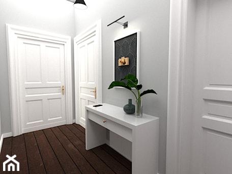 Aranżacje wnętrz - Hol / Przedpokój: Apartament w kamienicy - Zen Home. Przeglądaj, dodawaj i zapisuj najlepsze zdjęcia, pomysły i inspiracje designerskie. W bazie mamy już prawie milion fotografii!