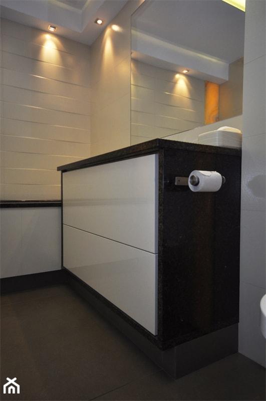 Granit i onyks w łazience - zdjęcie od Kamieniarstwo ZPKB