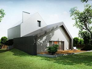 Dom przesunięty z dachem dwuspadowym