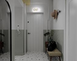 Mieszkanie w starej kamienicy - Hol / przedpokój, styl vintage - zdjęcie od Outline of Design - Homebook