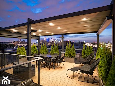Aranżacje wnętrz - Taras: Tarasola Flat - Duży taras z tyłu domu na dachu, styl nowoczesny - Tarasola. Przeglądaj, dodawaj i zapisuj najlepsze zdjęcia, pomysły i inspiracje designerskie. W bazie mamy już prawie milion fotografii!
