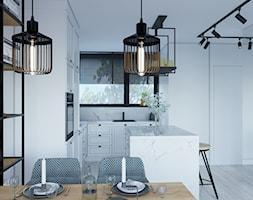Industrialny szyk ♣️♠️🖤🌸🌿🍀 - Mała otwarta biała kuchnia w kształcie litery l w aneksie z wyspą z oknem, styl industrialny - zdjęcie od StudioDobryPomysł