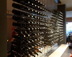 Stojak+na+wino+-+zdj%C4%99cie+od+mechrol