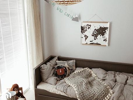 Aranżacje wnętrz - Sypialnia: Żaluzje drewniane w pokoju dziecka - Nasze Domowe Pielesze - Nasze Domowe Pielesze. Przeglądaj, dodawaj i zapisuj najlepsze zdjęcia, pomysły i inspiracje designerskie. W bazie mamy już prawie milion fotografii!