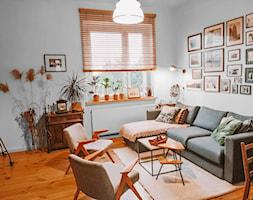 Żaluzja bambusowa w eklektycznym salonie - Nasze Domowe Pielesze - zdjęcie od Nasze Domowe Pielesze - Homebook