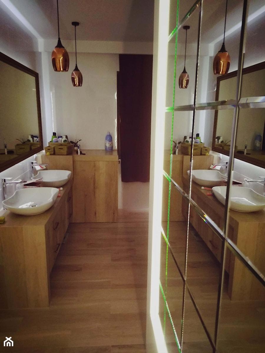 Płytki Lustrzane W łazience Zdjęcie Od Galakor Homebook