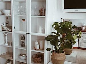 Moje mieszkanie - Średnia zamknięta biała kuchnia w kształcie litery l, styl tradycyjny - zdjęcie od nieoptymistka