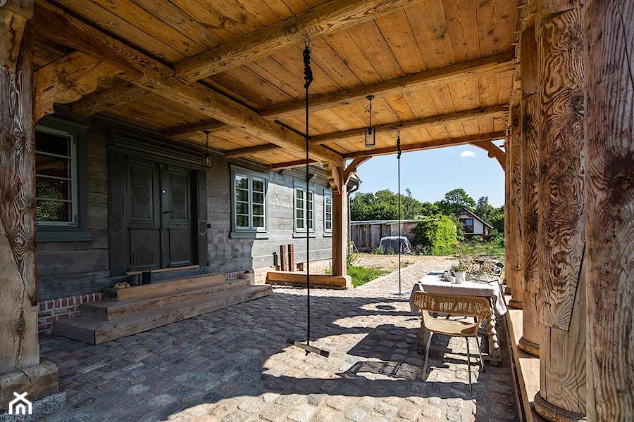 Dom podcieniowy – Mikoszewo - Taras - zdjęcie od Magdalena Ubysz - Fotografia architektury i wnętrz
