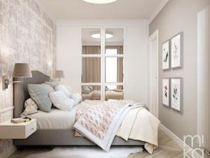 Stylowo na Woli - Średnia biała szara sypialnia małżeńska, styl eklektyczny - zdjęcie od M!kaDesign