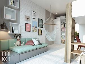 Na Mokotowie - Średni biały szary pokój dziecka dla dziewczynki dla ucznia dla malucha dla nastolatka, styl eklektyczny - zdjęcie od M!kaDesign