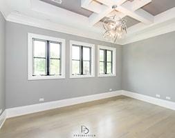 dom w CHICAGO - Salon, styl klasyczny - zdjęcie od PERIHDESIGN - Homebook
