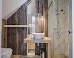 """przykładowa łazienka w pensjonacie """"Szczawniczanka"""" - zdjęcie od PERIHDESIGN - Homebook"""