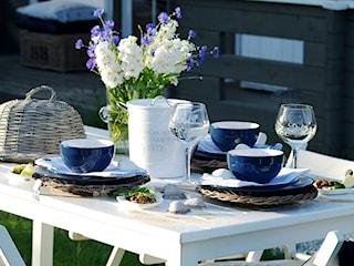 Przyjęcie w ogrodzie. Praktyczne porady i pomysły na aranżacje stołu!