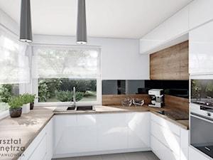 Kuchnia z narożnym oknem
