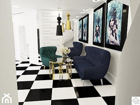 Aranżacje wnętrz - Wnętrza publiczne: Akademia Fryzjerstwa Będzin - Wnętrza publiczne, styl glamour - Monika Gajdzik. Przeglądaj, dodawaj i zapisuj najlepsze zdjęcia, pomysły i inspiracje designerskie. W bazie mamy już prawie milion fotografii!