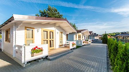 Zdjęcia domków i apartamentów nad morzem