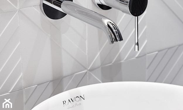 białe płytki 3d w łazience 2020