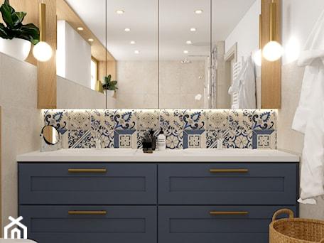 Aranżacje wnętrz - Łazienka: Błękitna łazienka - Monika Pałucka Architekt Wnętrz. Przeglądaj, dodawaj i zapisuj najlepsze zdjęcia, pomysły i inspiracje designerskie. W bazie mamy już prawie milion fotografii!