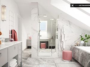 DOM JD W SKÓRZEWIE - Duża biała łazienka na poddaszu w domu jednorodzinnym z oknem, styl glamour - zdjęcie od LUCYNA JAŚKIEWICZ Architektura & Wnętrza
