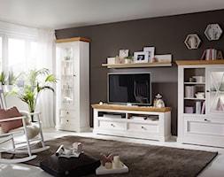 Rustykalny%2C+klasyczny+salon+z+drewnianymi+meblami+-+zdj%C4%99cie+od+Meble+Katmandu