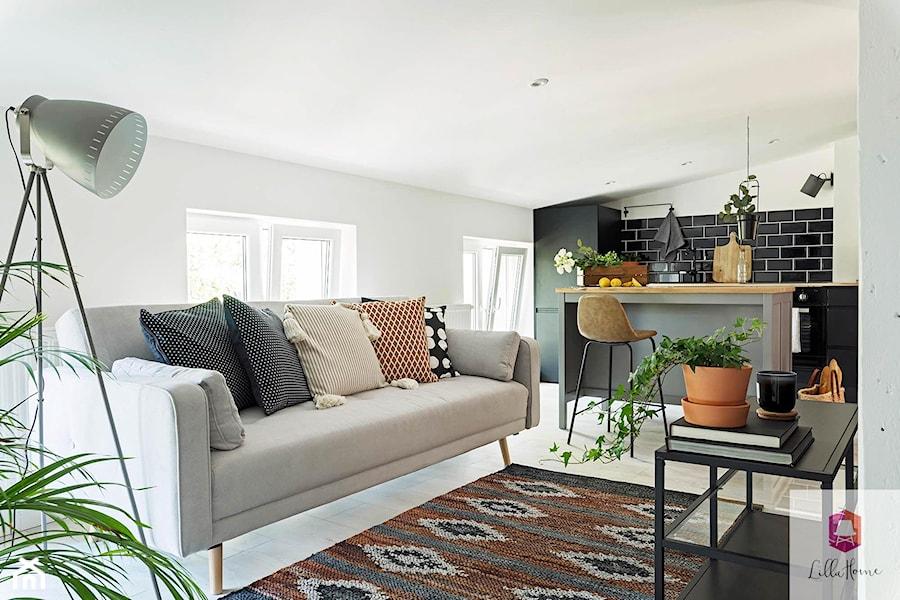 Projekt wnętrza salonu w stylu glamour loft - zdjęcie od Lilla Home