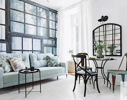 Salon+Oryginalnego+Mieszkania+w+Kamienicy+Przy+Parku+-+zdj%C4%99cie+od+Lilla+Home