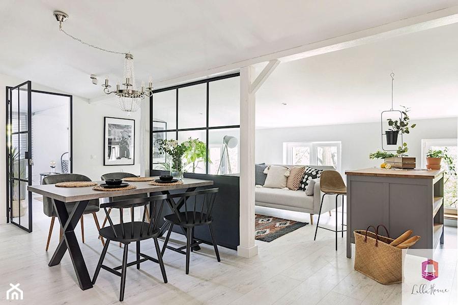 Wnętrze jadalni w stylu glamour loft - zdjęcie od Lilla Home
