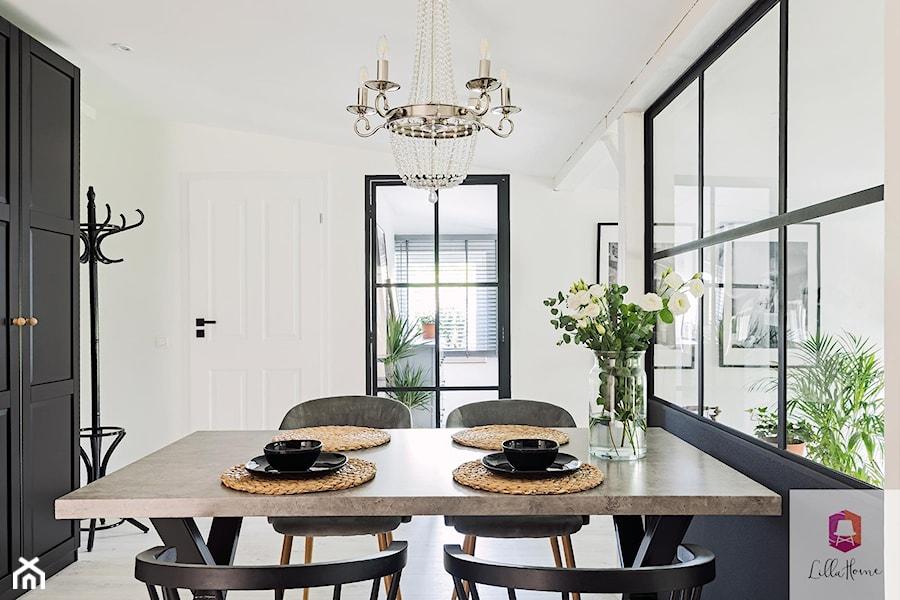Projekt wnętrza jadalni w stylu glamour loft - zdjęcie od Lilla Home