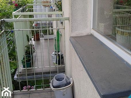Aranżacje wnętrz - Taras: Romantyczny balkon Lili - Taras - Anna Pszczułkowska. Przeglądaj, dodawaj i zapisuj najlepsze zdjęcia, pomysły i inspiracje designerskie. W bazie mamy już prawie milion fotografii!
