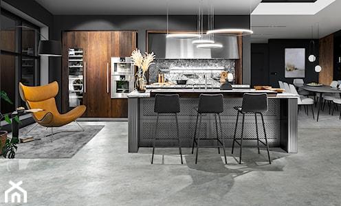 Trend 2021: luksusowa kuchnia w ciemnych barwach i funkcjonalne rozwiązania