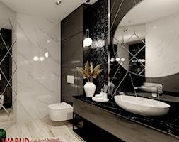 Projekt glamour z pięknym lustrem - Łazienka, styl glamour - zdjęcie od Wabud Sp z o.o. - Homebook